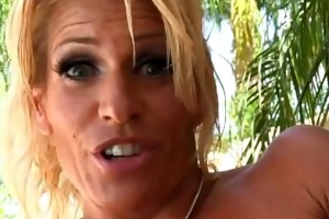 aged fitness d like to fuck toys her snatch