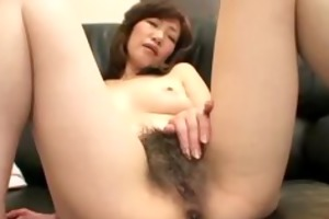 vibrating aged japanese cunt and anal