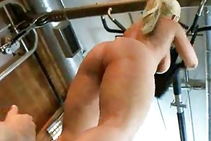 milf at the gym gives her jaws a priceless work