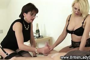 lady sonia femdom handjob spunk flow