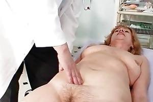 redhead granny immodest fur pie stret...