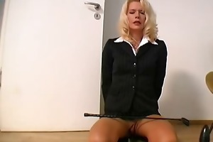 russian d like to fuck play with large sex tool