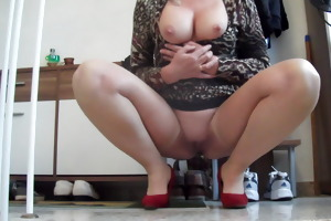 sandrabunny on the way for fucking in the bedroom
