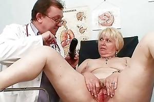 plump blonde mamma curly twat doctor exam